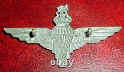 CAP BADGES-ORIGINAL WW2 1942 1st PLATED BRASS TYPE PARACHUTE REGIMENT VOID CROWN