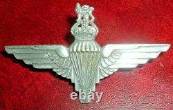 Casquette Badges-original Ww2 1942 1st Plaqué Brass Type Parachute Regiment Void Crown